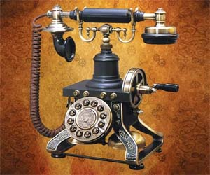 steampunk-telephone